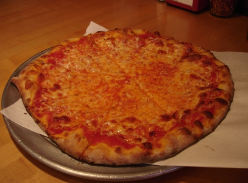 Red pie with mozz at Dayton Street: not quite as tasty as it looks, but still decent.